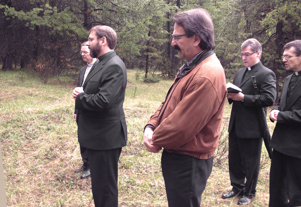 PATRIARCH SVIATOSLAV AT CASTLE MOUNTAIN INTERNMENT CAMP