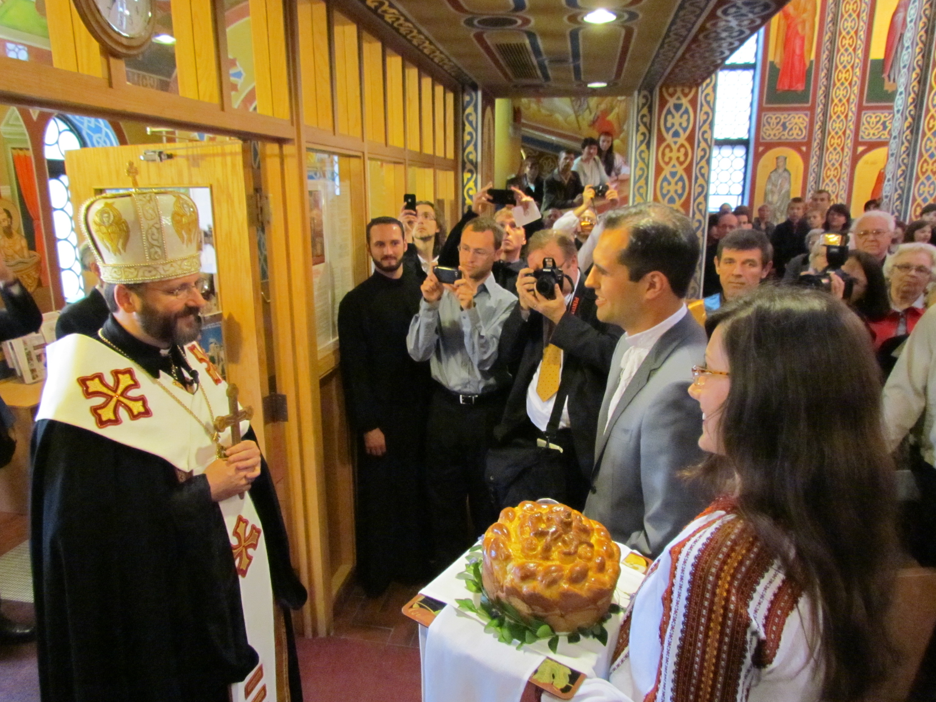 Patriarchal Visit – June 08 – Star-Peno, UKR Village & St. Georges